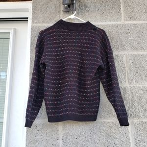 Sweaters - Black rainbow accent vintage knitted turtleneck